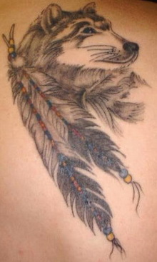 Animal of wolf: Dreamcatcher tattoo