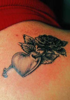 Rose heart tattoos are famous